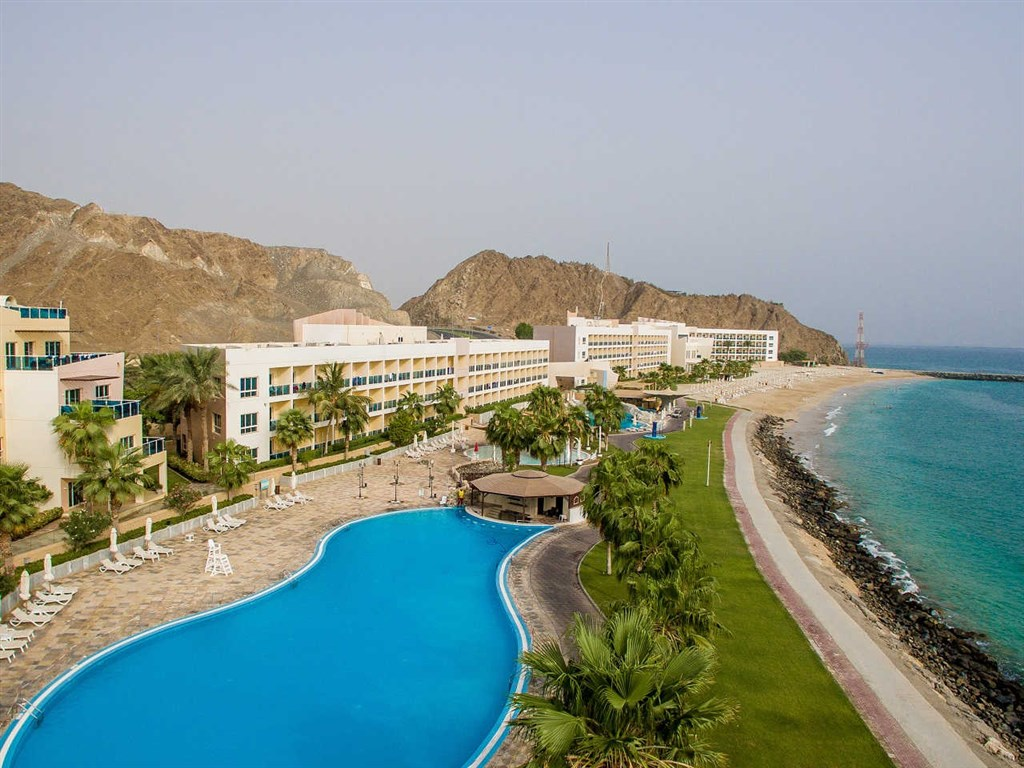 Radisson Blu Fujairah Resort -