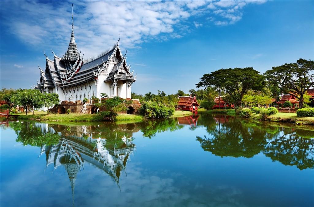 Bangkok a okolí + pláže Koh Changu - CZ PRŮVODCE -