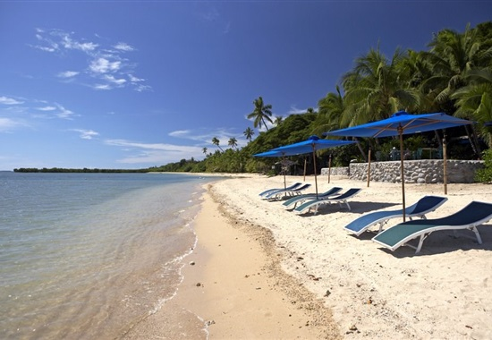 First Landing Beach Resort - Viti Levu