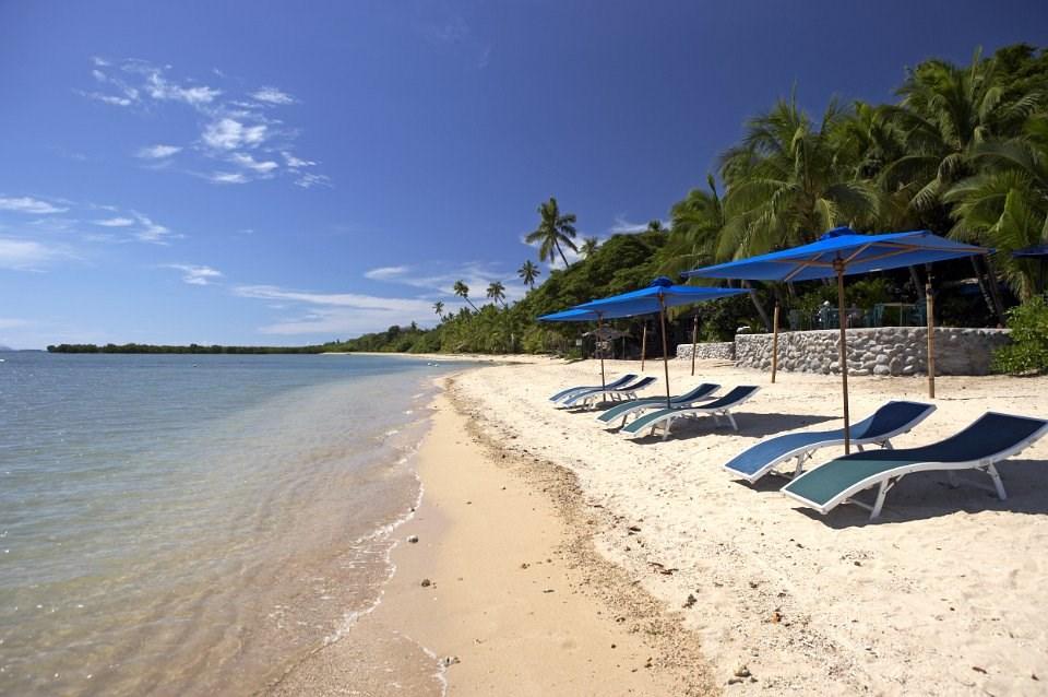 First Landing Beach Resort - Viti Levu