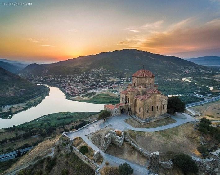 Poznávací eurovíkend s pobytem v Tbilisi -