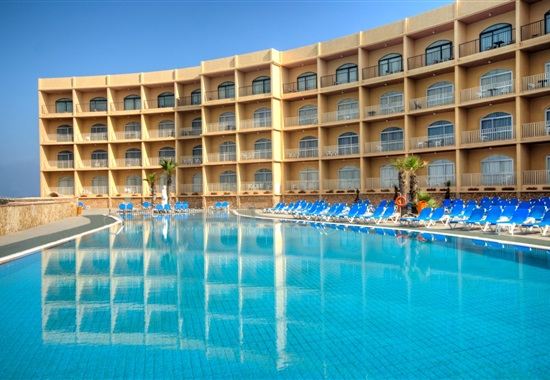 Paradise Bay Resort -
