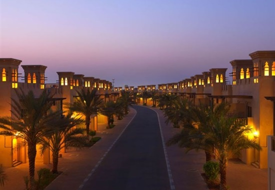 Al Hamra Village Golf & Beach Resort - Emiráty