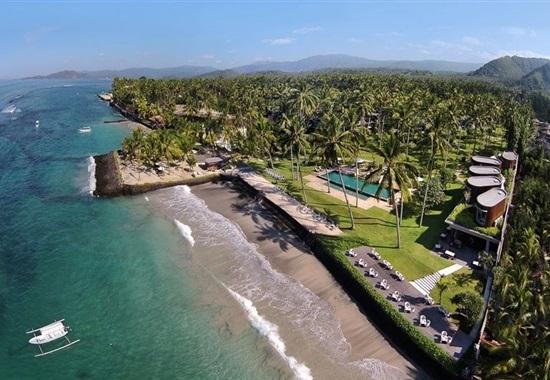 Candi Beach Resort -