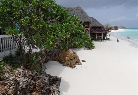 Langi Langi Beach Bungalows - Nungwi
