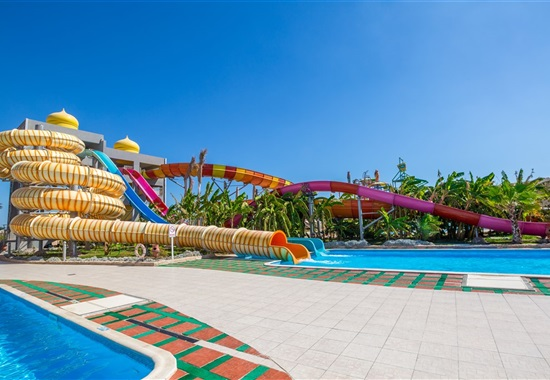 Aladdin Beach Resort - Egypt