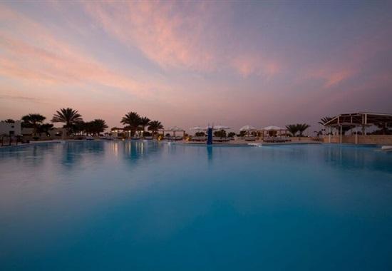 Coral Beach Hotel & SPA -