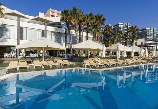 AX Seashells Resort at Suncrest -