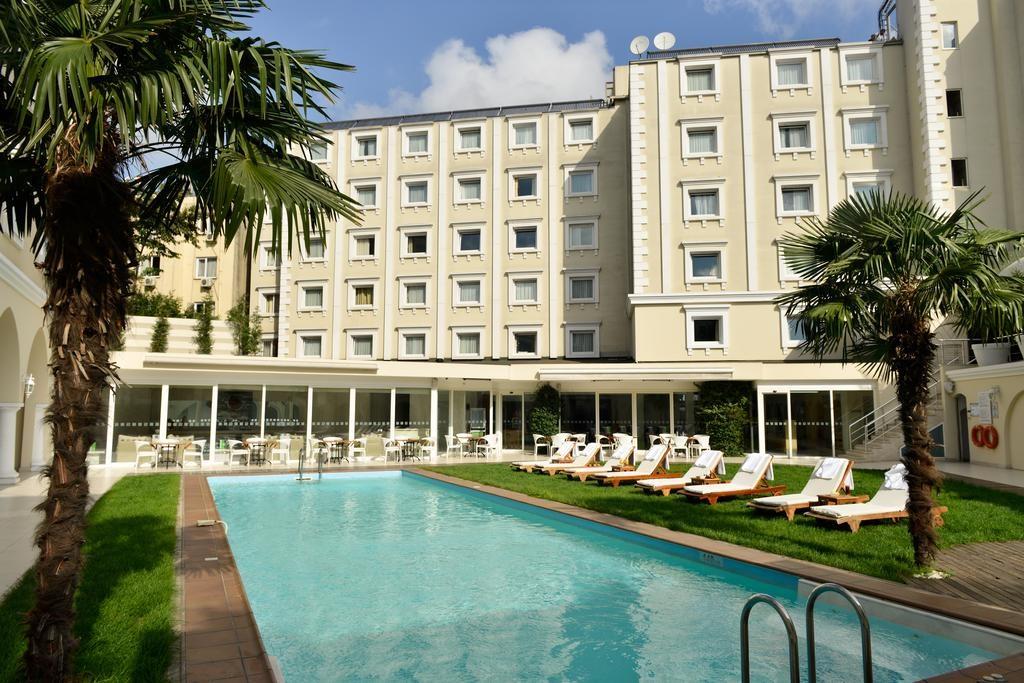 Holiday Inn City - Istanbul