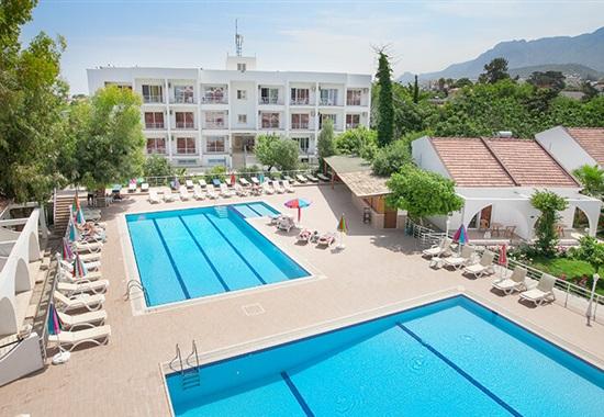 Rose Gardens Holiday Village - Kypr