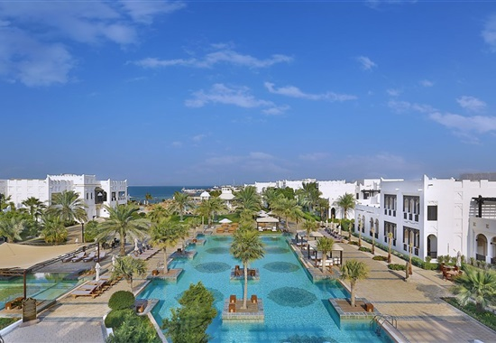 Sharq Village & Spa by Ritz-Carlton -