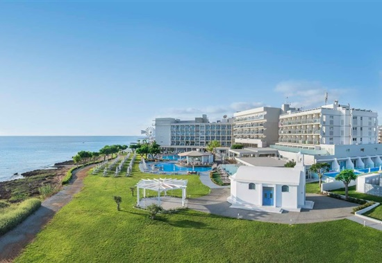 Pernera Beach Hotel -