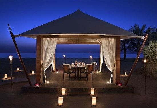 The Ritz-Carlton Ras Al Khaimah (Al Hamra Beach) - Spojené Arabské Emiráty