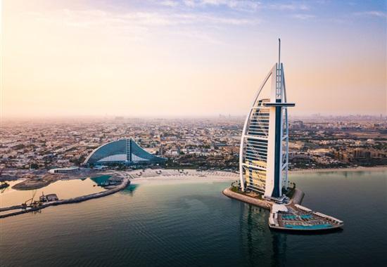 Jumeirah Beach Hotel - Spojené Arabské Emiráty