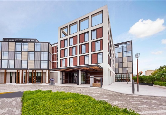 Hampton By Hilton Dubai Al Seef -