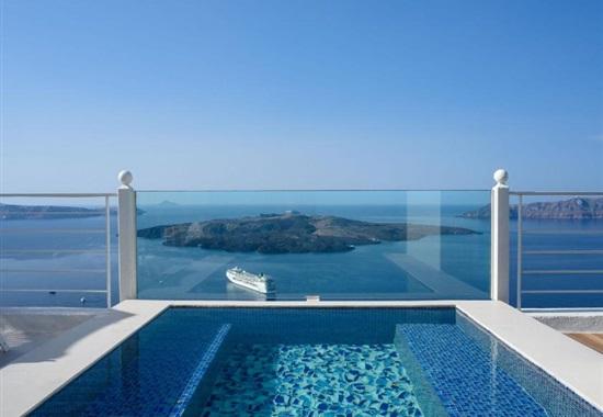 Nefeles Luxury Suites - Santorini