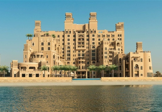 Sheraton Sharjah Beach Resort & Spa -