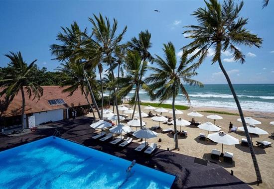 EKHO Surf Hotel -
